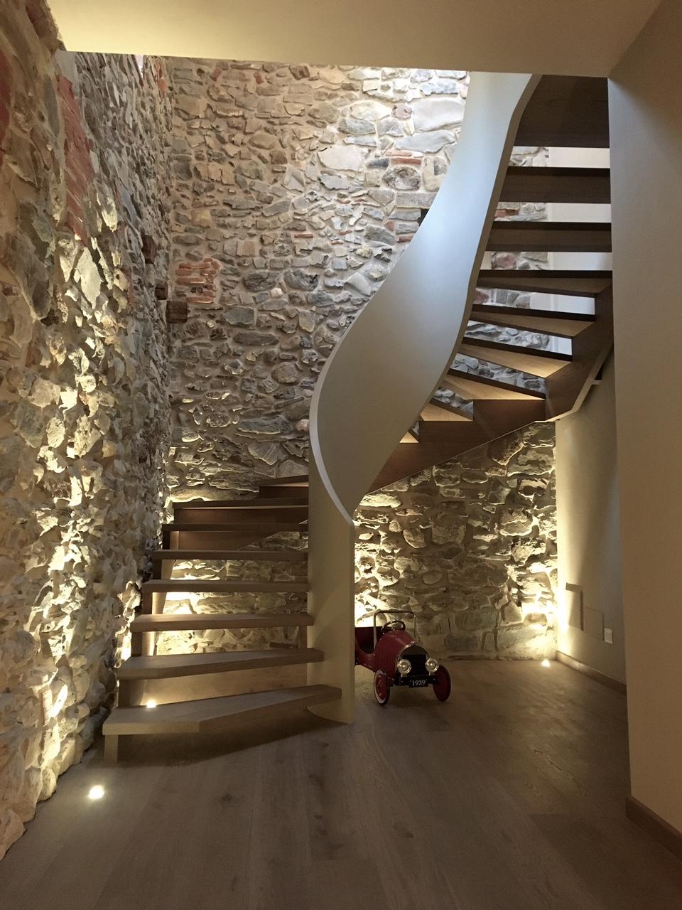 Scale a chiocciola lecco scale della corte - Tipologia di scale ...